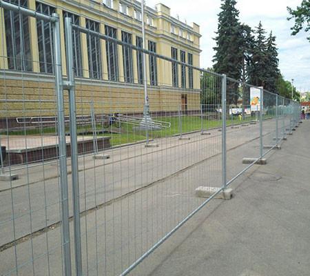 Ограждения Евро-2 в аренду и напрокат . Фото(1)