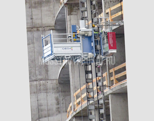 Аренда мачтового грузового подъемника Geda 1500 Z/ZP (А) в аренду и напрокат . Фото(1)
