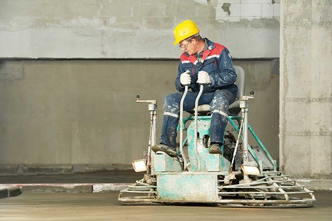 заглаживание бетона вручную