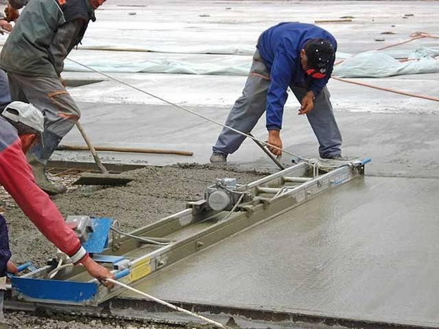 Заливка бетона виброрейкой полировочный бетон